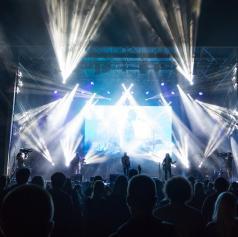 FOTO: Nina Pušlar s svojim bendom in skupina Queen - Real Tribute Band navdušila na Soboških dnevih