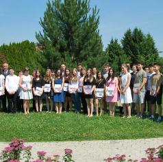 FOTO: Župan Moravskih Toplic podelil priznanja odličnjakom
