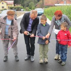 Slovesno odprli prenovljeno cesto v Kokoričih in Berkovskih Prelogih