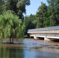 Vremenoslovci napovedujejo poplavljanje rek