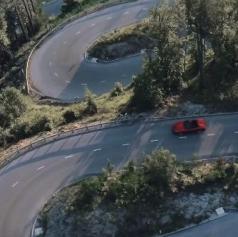VIDEO: Slovenska pokrajina kot kulisa v promocijskem filmu novega Ferrarija