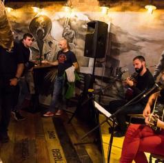 FOTO: V Bunkerju večer rock klasik