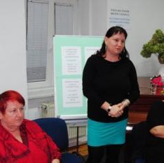 FOTO: Ob literarnem večeru otvorili razstavo Tatjane Bogdan